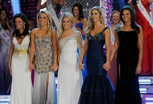 Топ 5 девушек Мисс Америка 2011. Без комментариев.