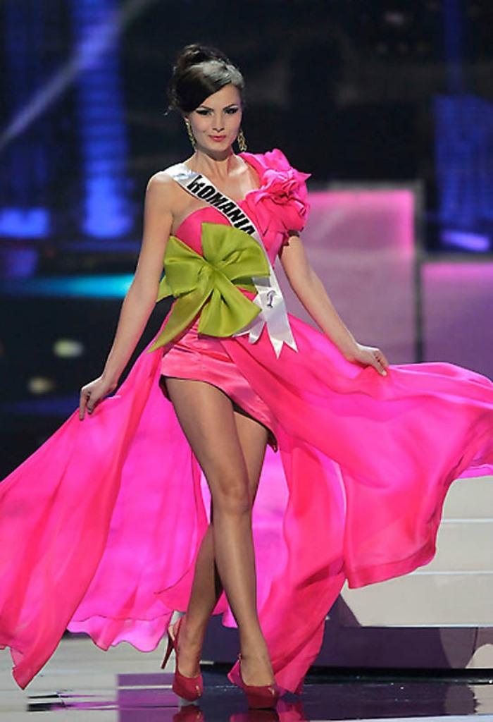 Лариса Попа - Мисс Румыния