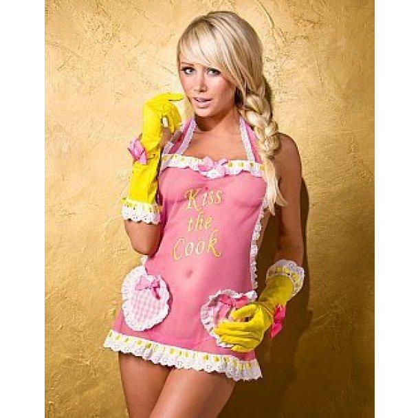 Сара Андервуд в розовом и для Playboy