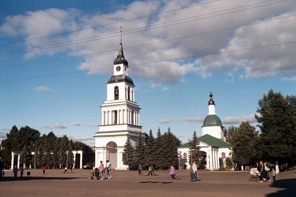 Колокольня Спасо-Преображенской церкви (1823 г), г Слободской