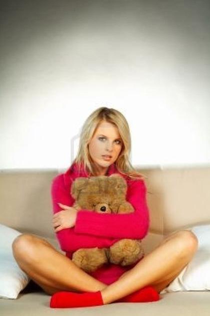 Блондинка и плюшевый медведь
