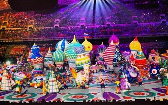 Красочная церемония открытия ОИ
